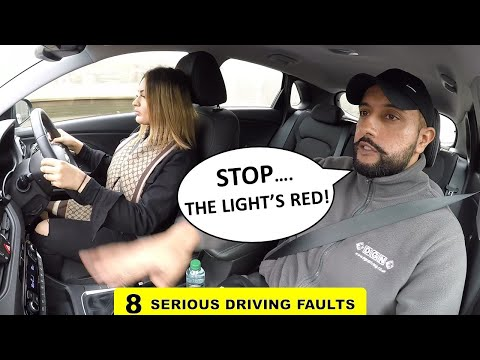 5 Common Mistakes People Make On Their Driving Test