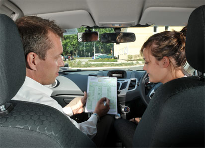 What are major faults in driving test?